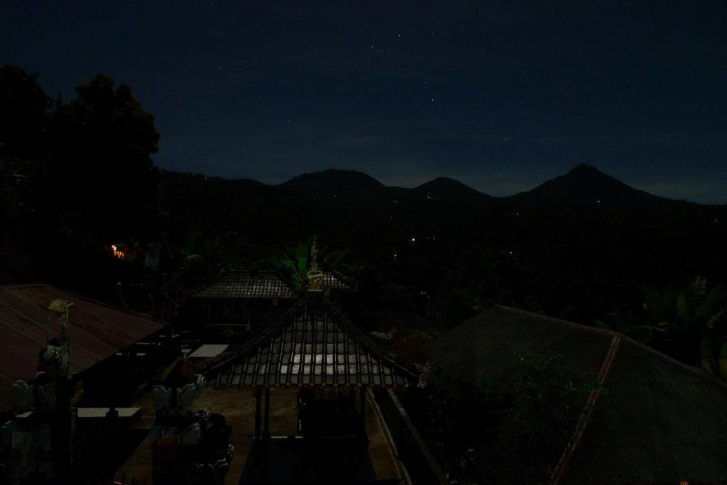 Munduk Night