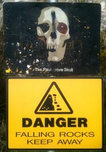 Paulsgrove Skull Sign